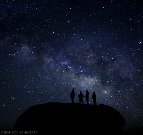 Una exquisita vista de la Vía Láctea desde Laguna Hanson, al norte de México. Créditos de la fotografía: Brandon Echeverry.